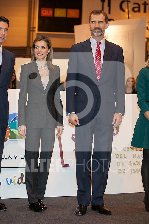 Spanish Royals King Felipe VI of Spain and Queen Letizia of Spain attend tourism fair FITUR in Madrid, Spain. Month XX, 2015. (ALTERPHOTOS/Victor Blanco)