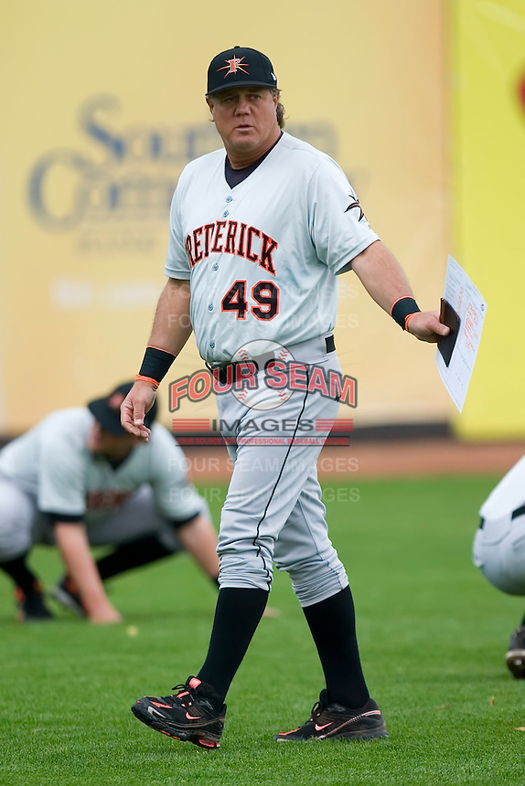 Frederick Keys manager Tommy Thompson (49) supervises the pre-game stretching at Ernie Shore Field in Winston-Salem, NC, Sunday, April 20, 2008.
