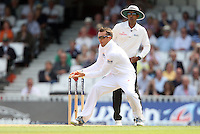 Graeme Swann of England fails to hold on to a catch - England vs Australia - 1st day of the 5th Investec Ashes Test match at The Kia Oval, London - 21/08/13 - MANDATORY CREDIT: Rob Newell/TGSPHOTO - Self billing applies where appropriate - 0845 094 6026 - contact@tgsphoto.co.uk - NO UNPAID USE