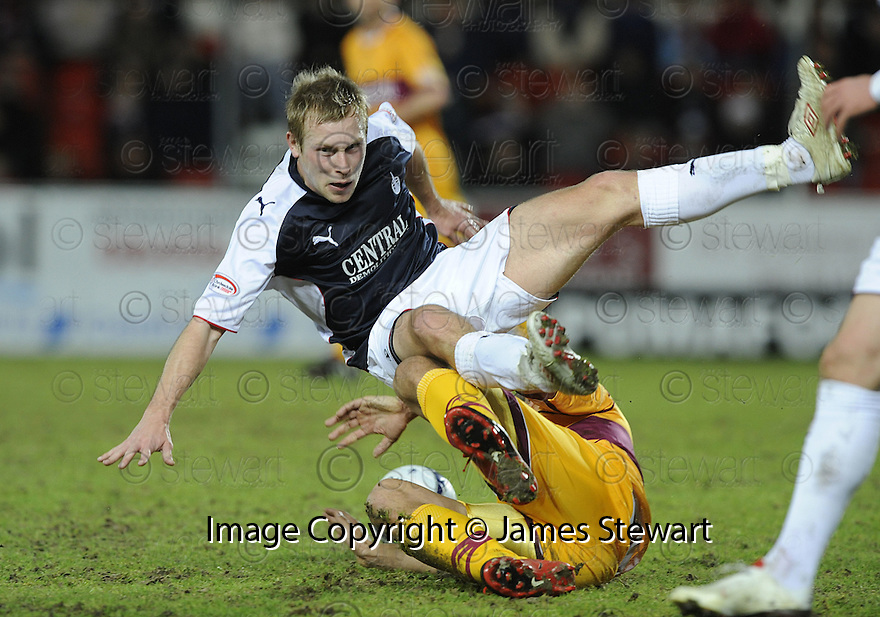 27/01/2010  Copyright  Pic : James Stewart.sct_jspa02_falkirk_v_motherwell  .::  GILES COKE GETS SENT OFF FOR THIS CHALLENGE ON SCOTT ARFIELD :: .James Stewart Photography 19 Carronlea Drive, Falkirk. FK2 8DN      Vat Reg No. 607 6932 25.Telephone      : +44 (0)1324 570291 .Mobile              : +44 (0)7721 416997.E-mail  :  jim@jspa.co.uk.If you require further information then contact Jim Stewart on any of the numbers above.........