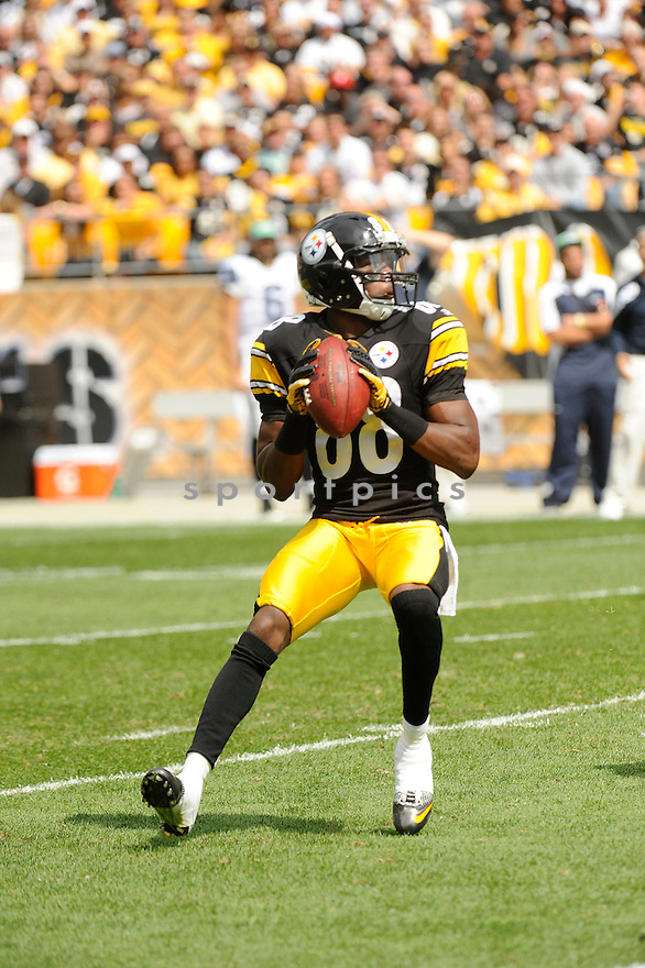 EMMANUEL SANDERS, of the Pittsburgh Steelers, in action during the Steelers game against the Seattle Seahawks on September 18, 2011 at Heinz Field in Pittsburgh, PA. The Steelers beat the Seahawks 24-0.