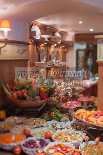 Europe/France/Rhone-Alpes/73/Savoie/Courchevel: Buffet du restaurant de l'Hôtel: Les Airelles au Jardin Alpin,