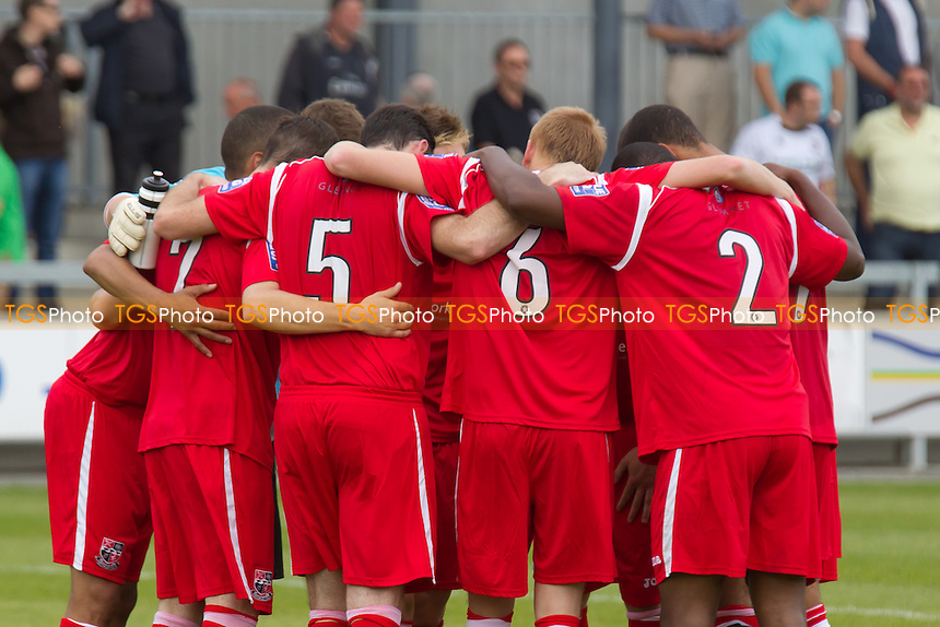 Bromley players huddle before the game - Dartford vs Bromley - Blue Square Conference South Football at Princes Park, Dartford - MANDATORY CREDIT: Ray Lawrence/TGSPHOTO - Self billing applies where appropriate - 0845 094 6026 - contact@tgsphoto.co.uk - NO UNPAID USE.