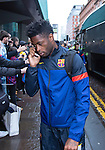 Alex Song arrives at Barcelona's city centre hotel