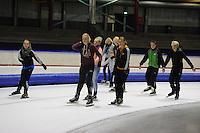 SCHAATSEN: HEERENVEEN; 16-10-2014, IJstadion Thialf, Recreatieschaatsen, ©foto Martin de Jong