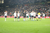 Deutsche Nationalmannschaft feiert mit den Fans die WM-Qualifikation - WM Qualifikation 9. Spieltag Deutschland vs. Irland in Köln
