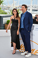 Penelope Cruz &amp; Javier Bardem at the photocall for &quot;Everybody Knows&quot; at the 71st Festival de Cannes, Cannes, France 09 May 2018<br /> Picture: Paul Smith/Featureflash/SilverHub 0208 004 5359 sales@silverhubmedia.com