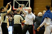 GRONINGEN - Basketbal, Donar - Cluj ,  Europe League, seizoen 2017-2018, 24-01-2018,  woede bij Cluj  coach Mihai Silvasan  in de slotseconden