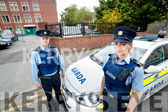 Garda Niall O'Connor and Aoife O'Sullivan are warning people on bogus callers.