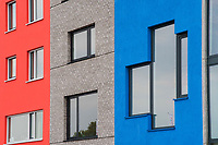 Nederland, Amsterdam, 20170511<br /> Nieuwbouwhuizen in Amsterdam Noord met mooie kleuren. Huizen zijn gebouwd op zgn vrije kavels, waar eigenaren binnen kaders hun huis zelf mogen (laten) ontwerpen. <br /> <br /> Foto: (c) Michiel Wijnbergh