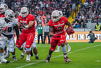 RB Christopher McClendon (Braunschweig Lions) hat den Ball - 12.10.2019: German Bowl XLI Braunschweig Lions vs. Schwäbisch Hall Unicorns, Commerzbank Arena Frankfurt