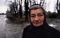 Vukovar / Croazia 1991.Una immagine scattata durante l'assedio di Vukovar.50mila case distrutte, 22mila profughi, tre miliardi di danni e almeno 1700 morti, in gran parte civili. Vukovar è stata la prima città europea, dalla fine della guerra, ad essere distrutta da unoffensiva militare..Foto Livio Senigalliesi..Vukovar / Croatia 1991.One picture shot during the siege of Vukovar. When Vukovar fell on 18 November 1991, hundreds of soldiers and civilians were massacred by Serb forces and thousands civilians were deported from the town and its surroundings. Most of the Vukovar was ethnically cleansed of its non-Serb population and became part of the self-declared Republic of Serbian Krajina. Several Serb military and political officials, including Miloevi, were later indicted and in some cases jailed for war crimes committed during and after the battle..Photo Livio Senigalliesi