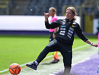 20190810 - ANDERLECHT, BELGIUM : LSK's head coach Hege Riise  pictured in action during the female soccer game between the Belgian RSCA Ladies – Royal Sporting Club Anderlecht Dames  and the Norwegian LSK Kvinner Fotballklubb ladies , the second game for both teams in the Uefa Womens Champions League Qualifying round in group 8 , saturday 10 th August 2019 at the Lotto Park Stadium in Anderlecht  , Belgium  .  PHOTO SPORTPIX.BE for NTB NO | DAVID CATRY