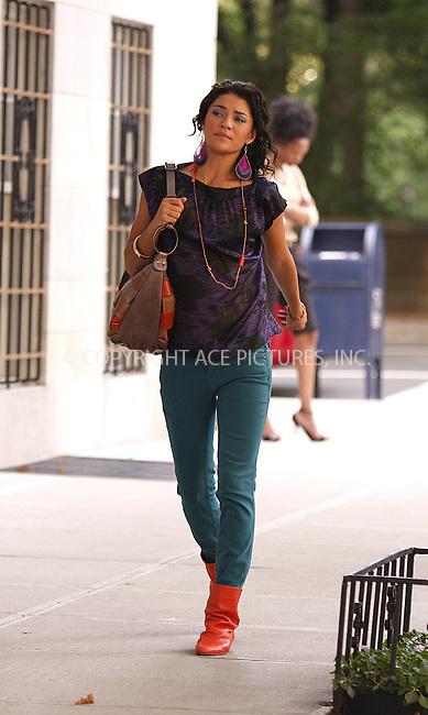 WWW.ACEPIXS.COM . . . . .  ....July 25 2008, New York City....Actor Jessica Szohr on the set of 'Gossip Girl' on July 25 2007 in New York City....Please byline: AJ Sokalner - ACEPIXS.COM..... *** ***..Ace Pictures, Inc:  ..te: (646) 769 0430..e-mail: info@acepixs.com..web: http://www.acepixs.com
