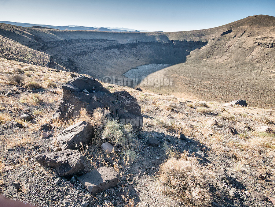 Lunar Crater, volcanic area, Nev.