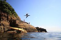 RJ. Rio de Janeiro. 22.07.2020 CLIMA PRAIA. Forte calor e sol na cidade nesta quarta-feira,(22), Ilhas Tijuca, Barra da Tijuca, zona oeste  .( Foto Ellan Lustosa/ Codigo19)