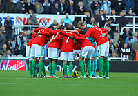 Saturday 17 November 2012<br /> Pictured: Swansea players huddle before kick off<br /> Re: Barclay's Premier League, Newcastle United v Swansea City FC at St James' Park, Newcastle Upon Tyne, UK.