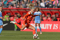 Bridgeview, IL - Saturday May 06, 2017: Rachel Daly during a regular season National Women's Soccer League (NWSL) match between the Chicago Red Stars and the Houston Dash at Toyota Park. The Red Stars won 2-0.