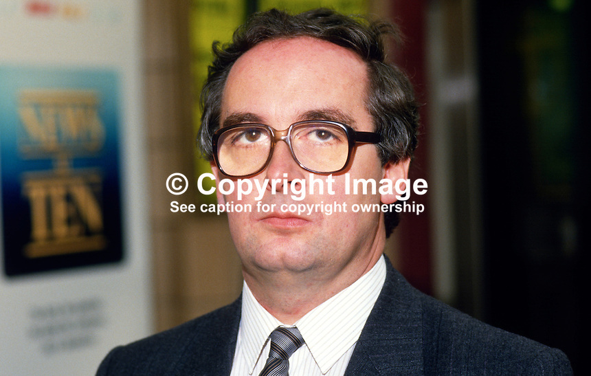 Robin Squire, MP, Conservative Party, UK, 19871019RS..Copyright Image from Victor Patterson, 54 Dorchester Park, Belfast, UK, BT9 6RJ..Tel: +44 28 9066 1296.Mob: +44 7802 353836.Voicemail +44 20 8816 7153.Skype: victorpattersonbelfast.Email: victorpatterson@me.com.Email: victorpatterson@ireland.com (back-up)..IMPORTANT: If you wish to use this image or any other of my images please go to www.victorpatterson.com and click on the Terms & Conditions. Then contact me by email or phone with the reference number(s) of the image(s) concerned.