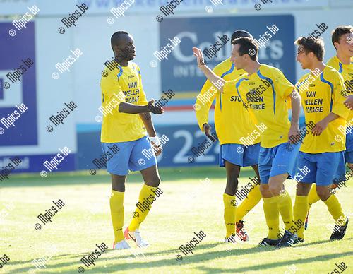 2012-07-24 / Voetbal / seizoen 2012-2013 / Kapellen - Antwerp FC / Kapellen viert de 2-0..Foto: Mpics.be