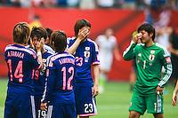 VANCOUVER, CANADÁ, 05.07.2015 - EUA-JAPÃO -Jogadoras do Japão lamentam derrota após partida contra os Estados Unidos jogo válido pela final da Copa do Mundo de Futebol Feminino no Estádio BC Place em Vancouver  no Canadá neste domingo, 05. (Foto: William Volcov/Brazil Photo Press)