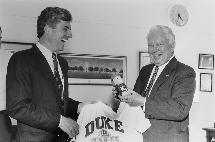 Rep. Tim Valentine, D-N.C., and Rep. Jim Slattery, D-Kans., to settle score on NCAA challenge on April 10, 1991. (Photo by Jamie Howren/CQ Roll Call)