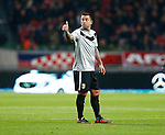 Nederland, Amsterdam, 3 november 2012.Eredivisie.Seizoen 2012-2013.Ajax-Vitesse (0-2).Theo Janssen van Vitesse steekt zijn duim omhoog.