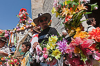 France/13/Bouches du Rhone/Camargue/Parc Naturel Régionnal de Camargue/Saintes Maries de la Mer: Lors du Pèlerinage  des Gitans, Procession à la mer de Sainte Sara, la Vierge Noire
