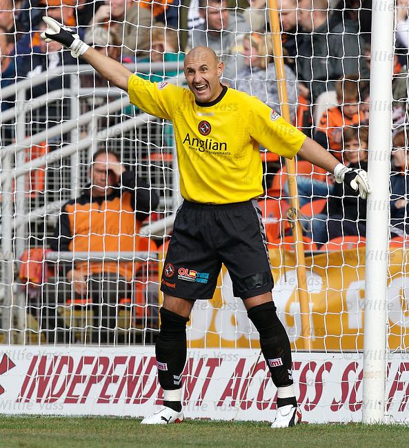 Grzegorz Szamotulski, Dundee utd