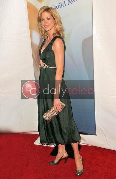 Jenna Elfman<br />at the 2006 Writers Guild Awards. Hollywood Palladium, Hollywood, CA. 02-04-06<br />Dave Edwards/DailyCeleb.com 818-249-4998