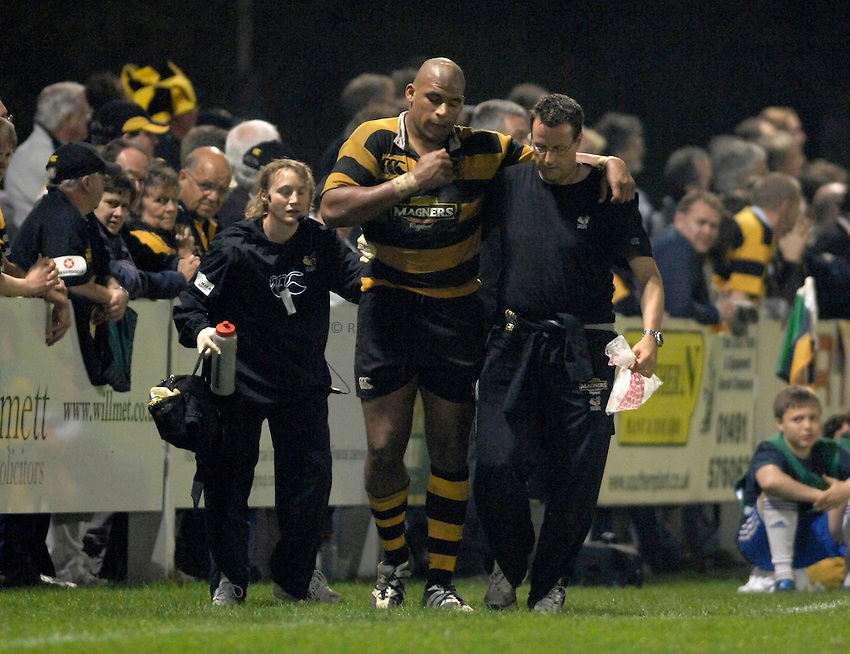 Photo: Richard Lane..London Wasps A v Leicester Tigers A. Guinness A League Final 1st leg. 16/04/2007. .Wasps' Alistair McKenzie is helped from the field injured.