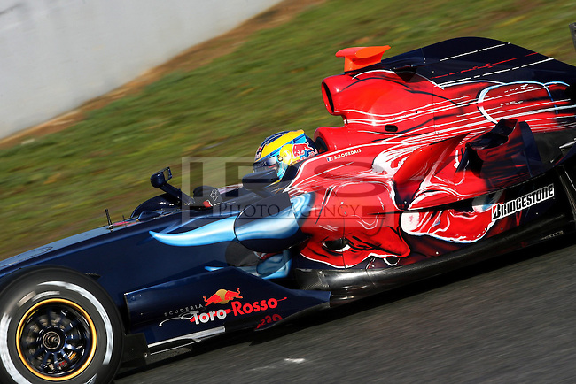 ©Jean-Francois Galeron/WRI2/TEAMSHOOT - Jerez de la Frontera Spain 14/01/2008 ; Jerez F1 Test 14-17/01/08 ; Sebastien Bourdais (FRA), Scuderia Toro Rosso. Circuito de Jerez.....***************************************..GERMANY, AUSTRALIA, FINLAND,..ITALY and SWITZERLAND OUT..***************************************..© MaxPPP / IPS PHOTO AGENCY ..ONLY UK..FOR ANY INFO'S PLEASE CONTACT:..IPS photo..21 Delisle rd.. London SE28 0JD..TEL 004420883310207..FAX 00442088551037..Mob: 00447973308835....ONLY UK ONLY UK ONLY UK ONLY UK ..