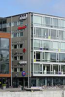 Geschäftshäuser am Hafen von Malmö, Provinz Skåne (Schonen), Schweden, Europa<br /> Office buildings at the port  in Malmo, Sweden