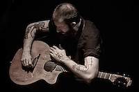 Jon Gomm at the Avenue Theatre