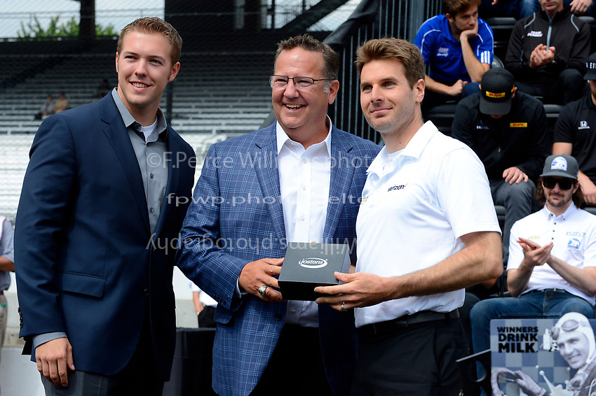 Verizon IndyCar Series<br /> Indianapolis 500 Drivers Meeting<br /> Indianapolis Motor Speedway, Indianapolis, IN USA<br /> Saturday 27 May 2017<br /> Starter's ring presentation: Will Power, Team Penske Chevrolet<br /> World Copyright: F. Peirce Williams
