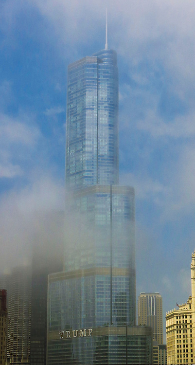 The Trump Tower lost in the morning fog on the Chicago Architecture Foundation's river cruise. (DePaul University/Jamie Moncrief)