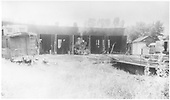 Caboose, locomotive, and Goose #4 at Ridgway roundhouse.<br /> RGS  Ridgway, CO