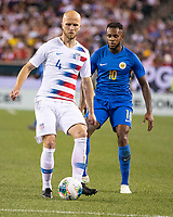 PHILADELPHIA, PA - JUNE 30: Michael Bradley #4 passes the ball during a game between Curaçao and USMNT at Lincoln Financial Field on June 30, 2019 in Philadelphia, Pennsylvania.