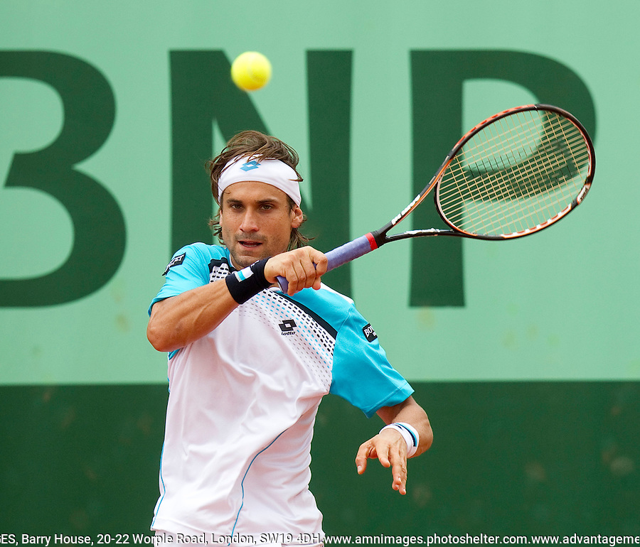 David Ferrer (ESP) (7) against Sergiy Stakhovsky  (UKR) (31) in the 3rd round of the men's singles. David Ferrer beat Sergiy Stakhovsky  6-16-1 6-3..Tennis - Grand Slam - French Open - Roland Garros - Paris - Day 6 -  Fri May 27th 2011..© AMN Images, Barry House, 20-22 Worple Road, London, SW19 4DH, UK..+44 208 947 0100.www.amnimages.photoshelter.com.www.advantagemedianetwork.com.