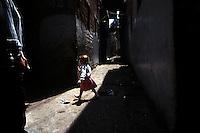 Violenza sui bambini.Violence against children....