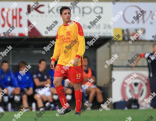 2010-08-11 / Voetbal / seizoen 2010-2011 / KFC Oosterzonen / Angelo Foroni Neto..Foto: mpics
