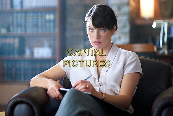 MILLA JOVOVICH.The Fourth Kind (2009).*Filmstill - Editorial Use Only*.CAP/FB.Supplied by Capital Pictures.