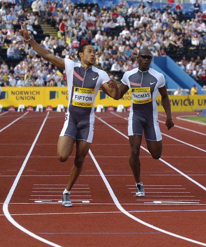 Photo: Richard Lane..Norwich Union London Grand Prix Athletics at Crystal Palace. 30/07/2004..Rikki Fifton beats Julian Thomas to win the mens 200m under 20.