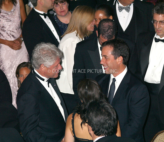 New York Chapter of the Juvenile Diabetes Research Foundation (JDRF) hosting the Man of the Year event honoring former President William J. Clinton (Bill Clinton) for his support of diabetes research. Waldorf-Astoria in New York, September 12, 2002. PICTURED ARE: Bill Clinton chatting with Jerry Seinfeld and his wife Jessica.....Please byline: Alecsey Boldeskul/NY Photo Press.   ..*PAY-PER-USE*      ....NY Photo Press:  ..phone (646) 267-6913;   ..e-mail: info@nyphotopress.com