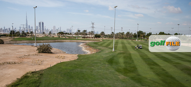 4th fairway dogleg with pond approach, The Track at The Meydan Golf Club, Dubai, United Arab Emirates.  31/01/2016. Picture: Golffile | David Lloyd<br /> <br /> All photos usage must carry mandatory copyright credit (&copy; Golffile | David Lloyd)