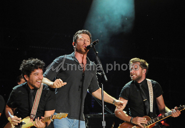 12 June 2016 - Nashville, Tennessee - Brett Eldredge. 2016 CMA Music Festival Nightly Concert held at Nissan Stadium. Photo Credit: Dara-Michelle Farr/AdMedia