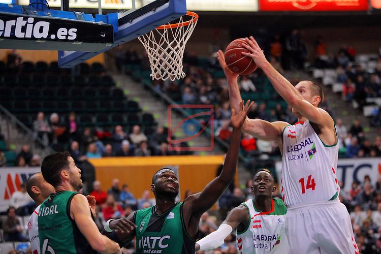 League ACB-Endesa 2015-2016. Game: 16.<br /> FIATC Joventut vs Laboral Kutxa Baskonia: 68-89.<br /> Drame vs Tillie.