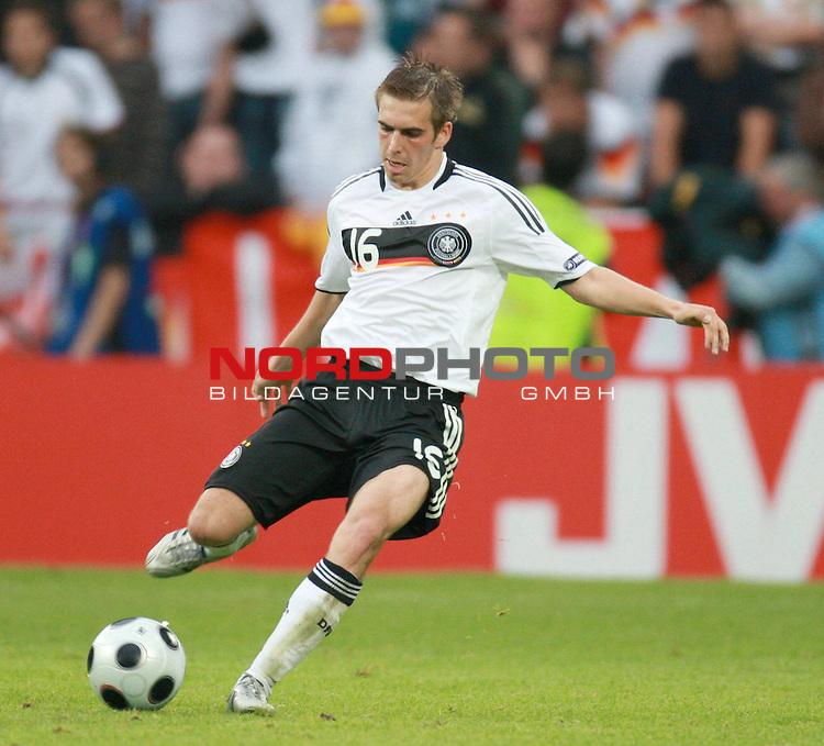 UEFA Euro 2008 Group B Klagenfurt - W&ouml;rthersee Match 11  Stadion Woerthersee<br /> Kroatien ( CRO ) - Deutschland ( GER ) 2:1 ( 1:0)<br /> <br /> Philipp Lahm ( Germany  / Verteidiger / Defender / Bayern Muenchen #16) <br /> <br /> Foto &copy; nph (  nordphoto  )<br /> <br /> <br /> <br />  *** Local Caption ***