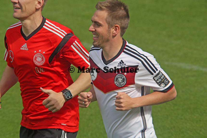 Philipp Lahm beim Lauftraining - Training der Deutschen Nationalmannschaft  zur WM-Vorbereitung in St. Martin