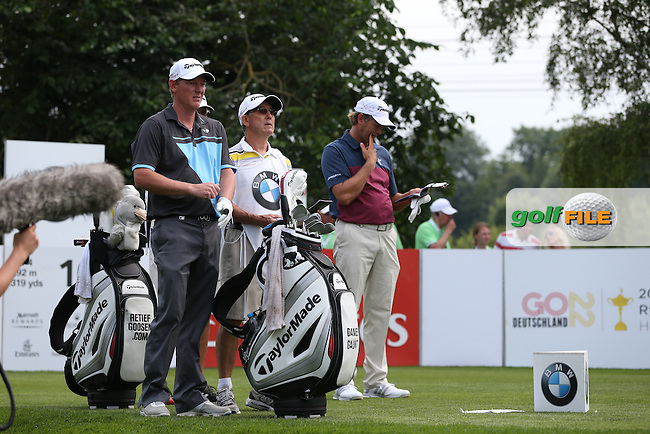 Finding the right number to play an easy wedge into 16 is Daniel Gaunt (ENG) & Retief Goosen (RSA) during Round Three of the 2015 BMW International Open at Golfclub Munchen Eichenried, Eichenried, Munich, Germany. 27/06/2015. Picture David Lloyd | www.golffile.ie